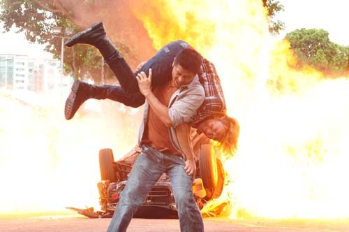 On the Fringe - Car Explosion