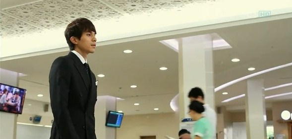 Protect the Boss in Scent of a Woman