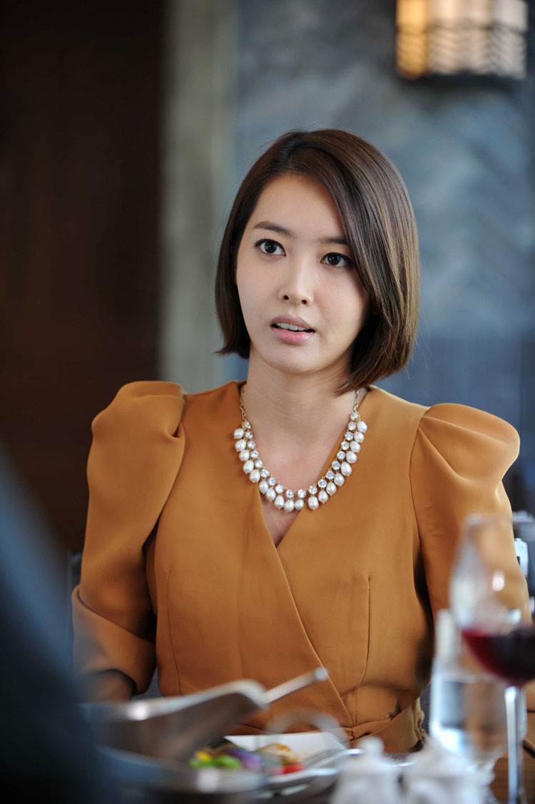 https://dramahaven.com/wp-content/uploads/2011/09/boss-yoon-ki-won-wang-ji-hye4.jpg