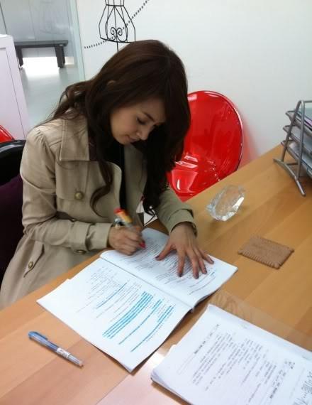 Ariel Lin Behind the Scene