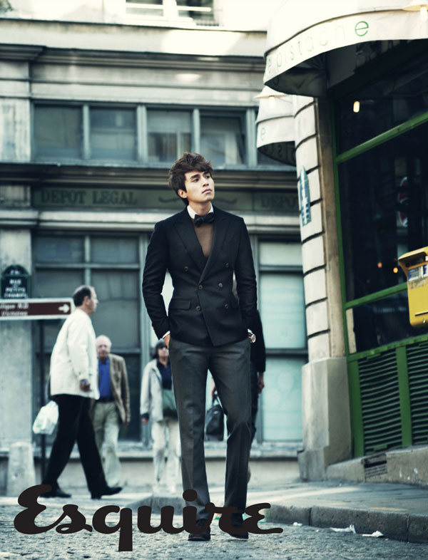 http://dramahaven.com/wp-content/uploads/2011/10/lee-dong-wook-esquire-nov2.jpg