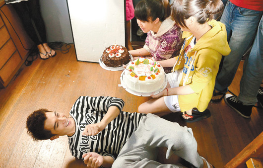 Roy Chiu Birthday when Filming Electric Shock Scene