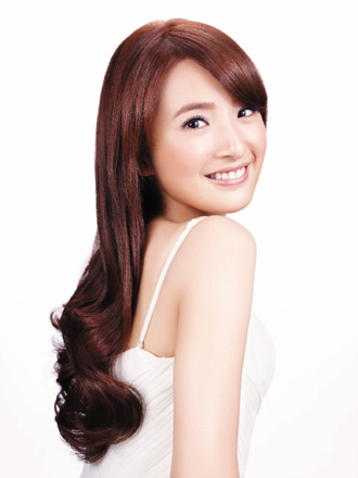Ariel Lin with Long Hair