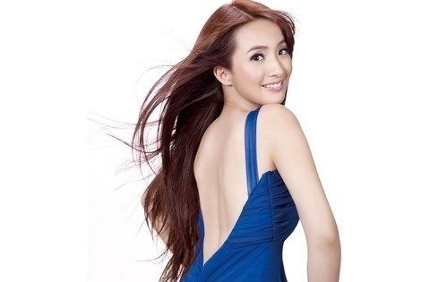 Ariel Lin Naked Back