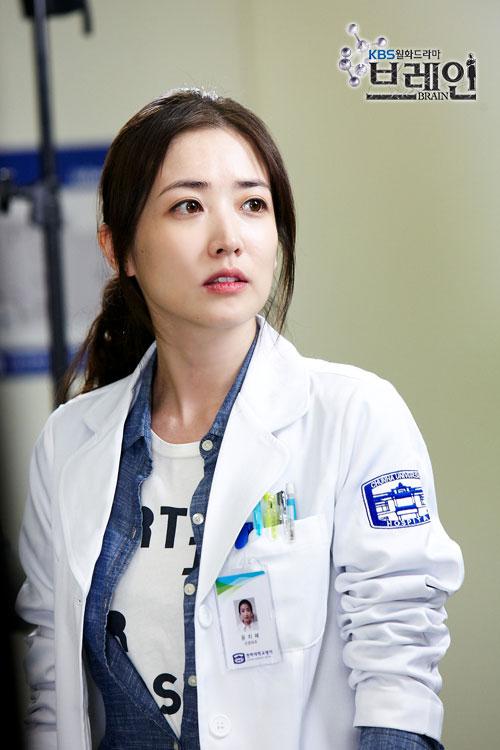 brain-choi-jung-won-yoon-ji-hye-cast18