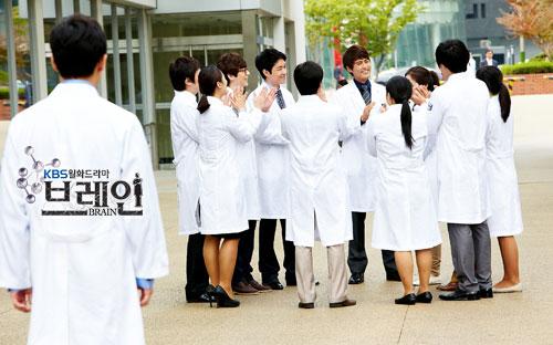 brain-jo-dong-hyuk-seo-joon-suk-cast16