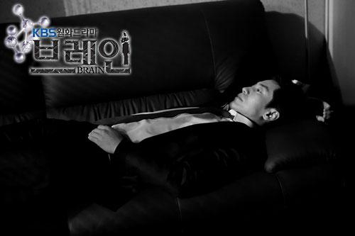 Lee Kang Hoon (played by Shin Ha Kyun)