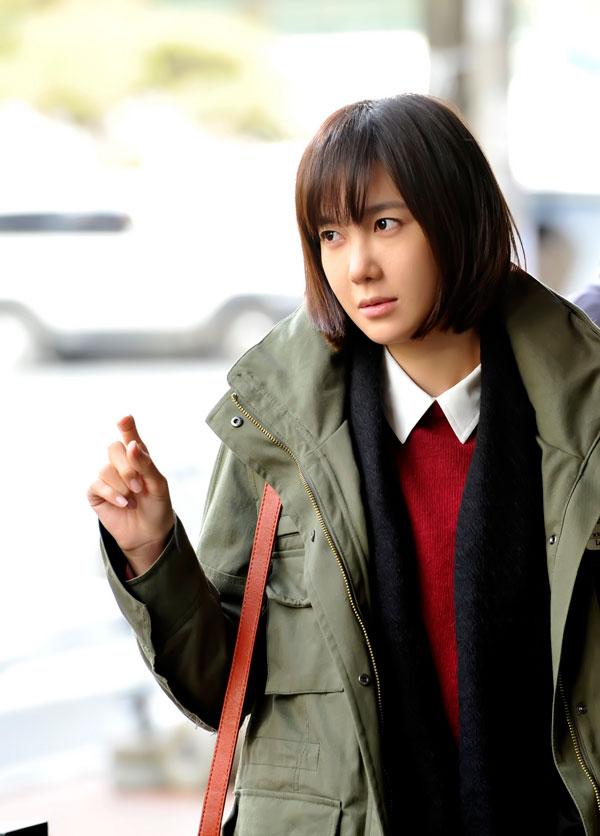 http://dramahaven.com/wp-content/uploads/2011/11/flower-lee-ji-ah-cheeky5.jpg