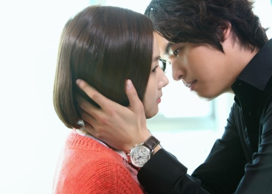 glory-parkminyoung-leejangwoo-kiss1
