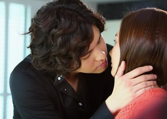 glory-parkminyoung-leejangwoo-kiss4