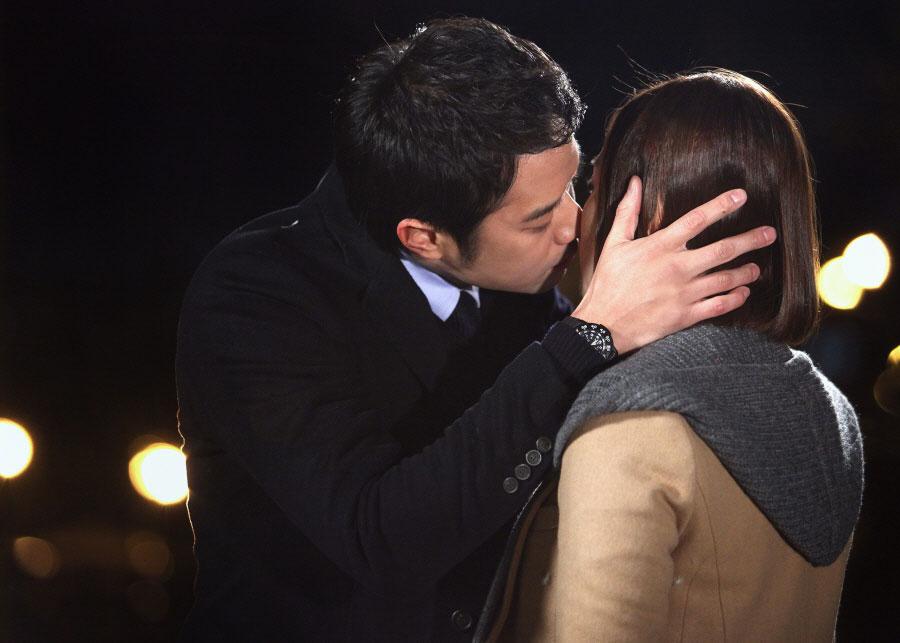 gloryjane-chun-jung-myung-park-min-young-kiss6