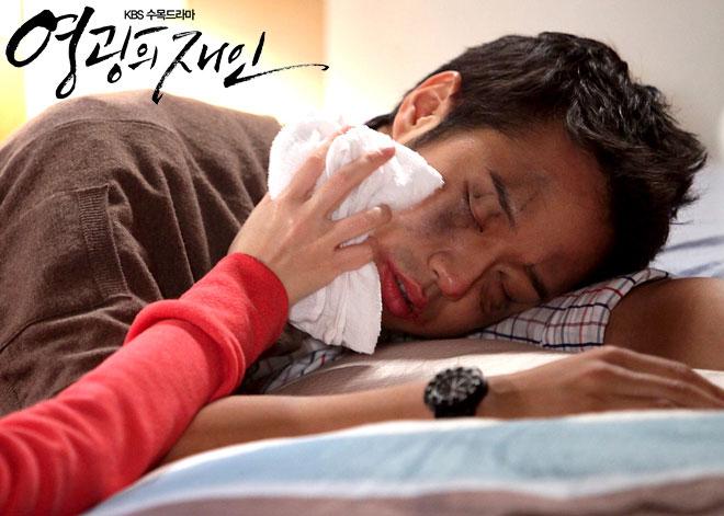 gloryjane-chunjungmyung-parkminyoung-kiss3
