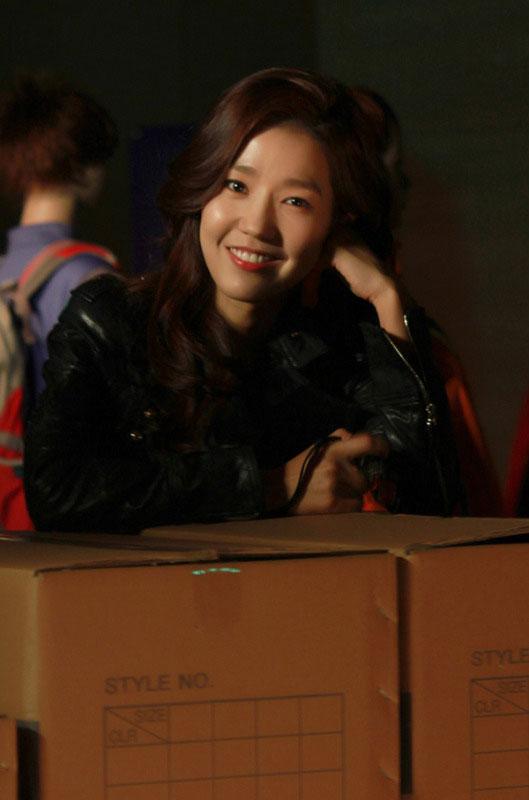 gloryjane-lee-jin-4-faces1