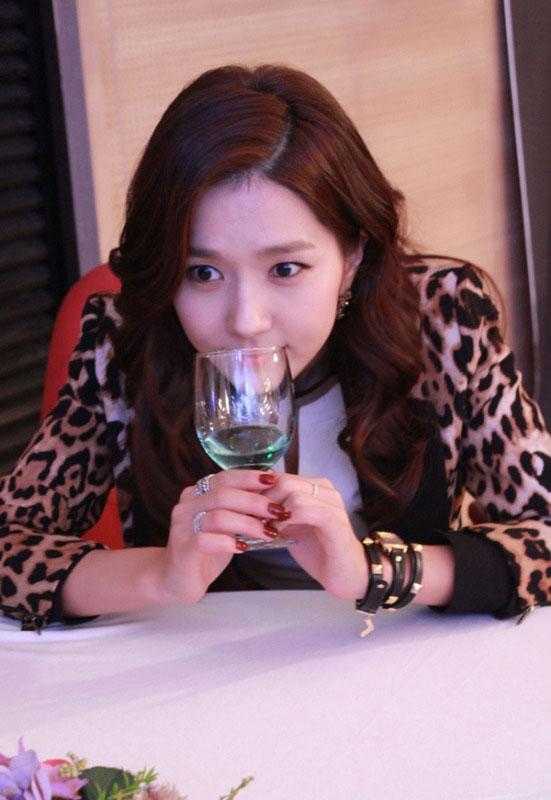 gloryjane-lee-jin-4-faces2