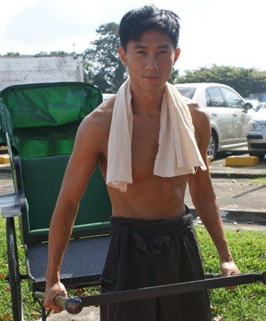Desmond Tan as Luo Xiao Xiao