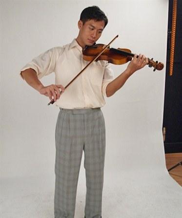 Qi Yu Wu as Mo Li Guang