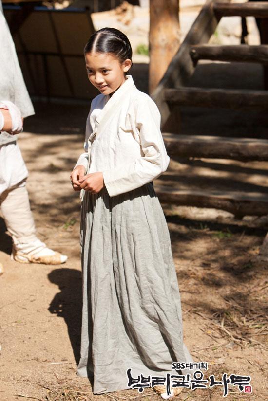 Jung Da Bin as Yeon-Doo