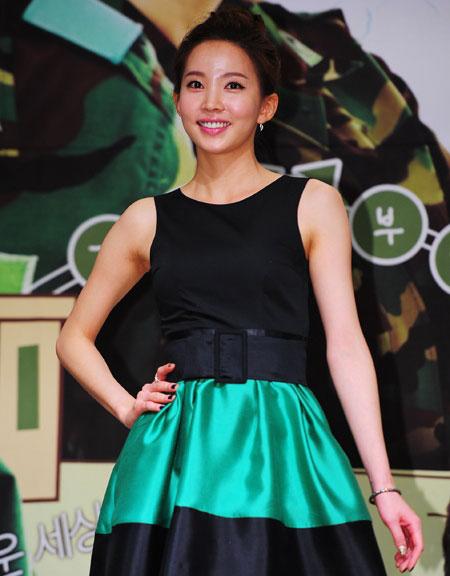 Yoon Jo Hee