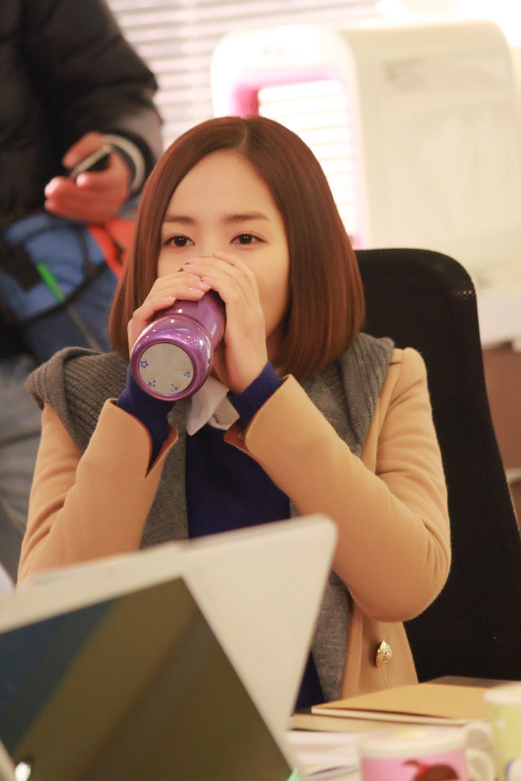 gloryjane-park-min-young-prepare1