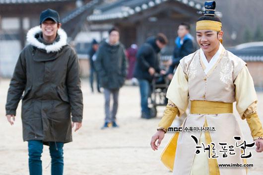 sunnmoon-kim-soo-hyun-yeo-jin-goo2