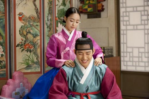 insoo-ham-eun-jung-baek-sung-hyun-bed2