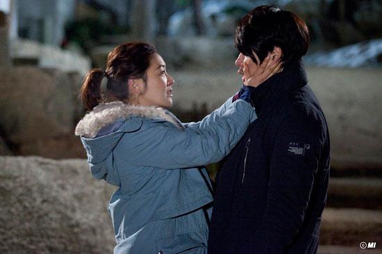 kimchi-songilgook-parkjinhee-kiss1