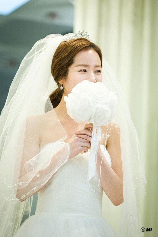 padam-jung-woo-sung-han-ji-min-wedding4