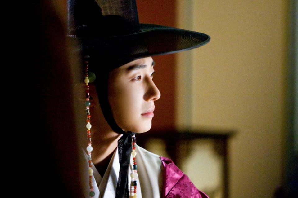 sunnmoon-jung-il-woo-first2