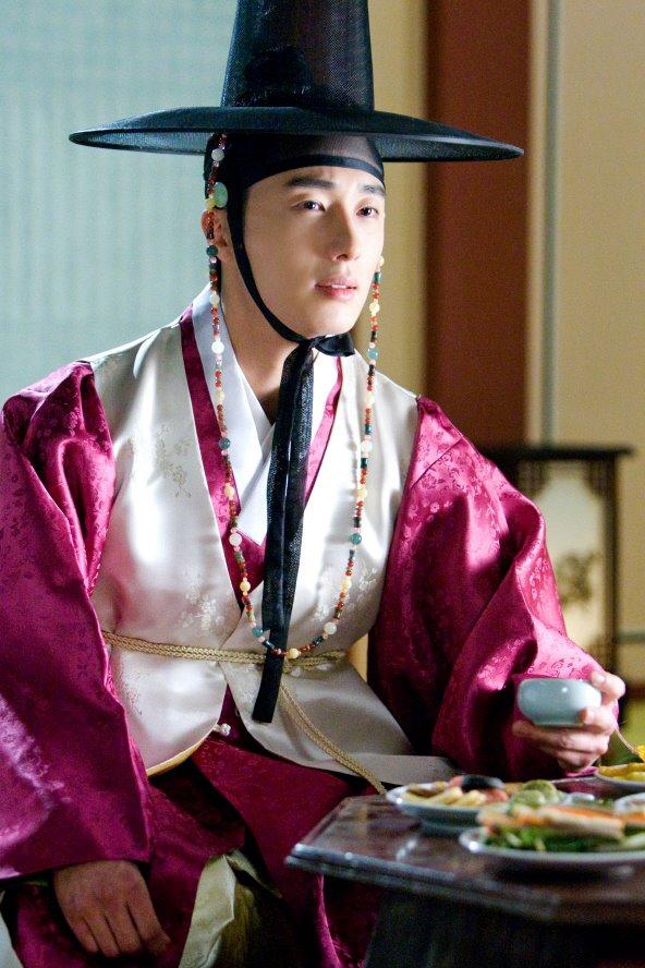 sunnmoon-jung-il-woo-first3