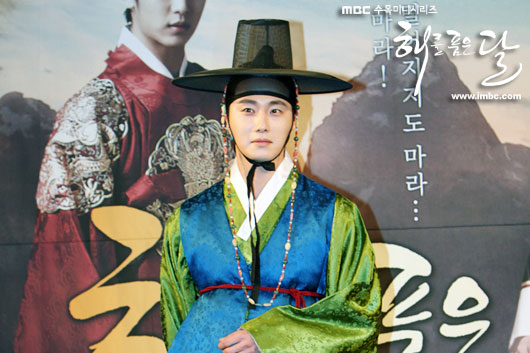 sunnmoon-press17-jung-il-woo