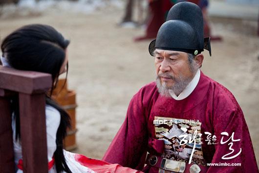 sunnmoon-han-ga-in-torture3