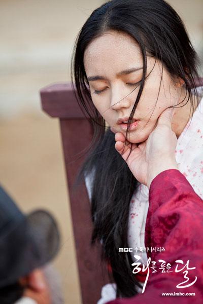 sunnmoon-han-ga-in-torture4