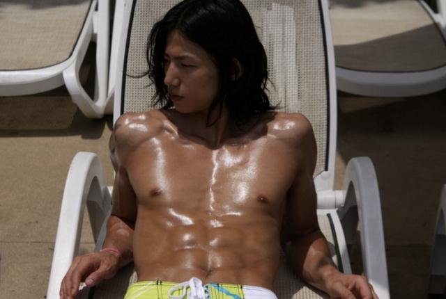 sunnmoon-song-jae-rim-abs2