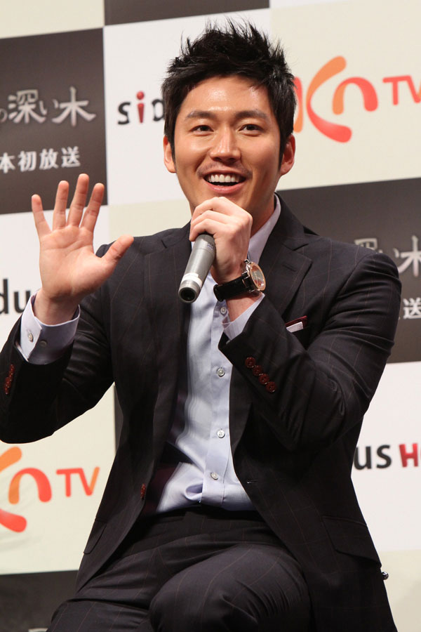 tree-jang-hyuk-japan6