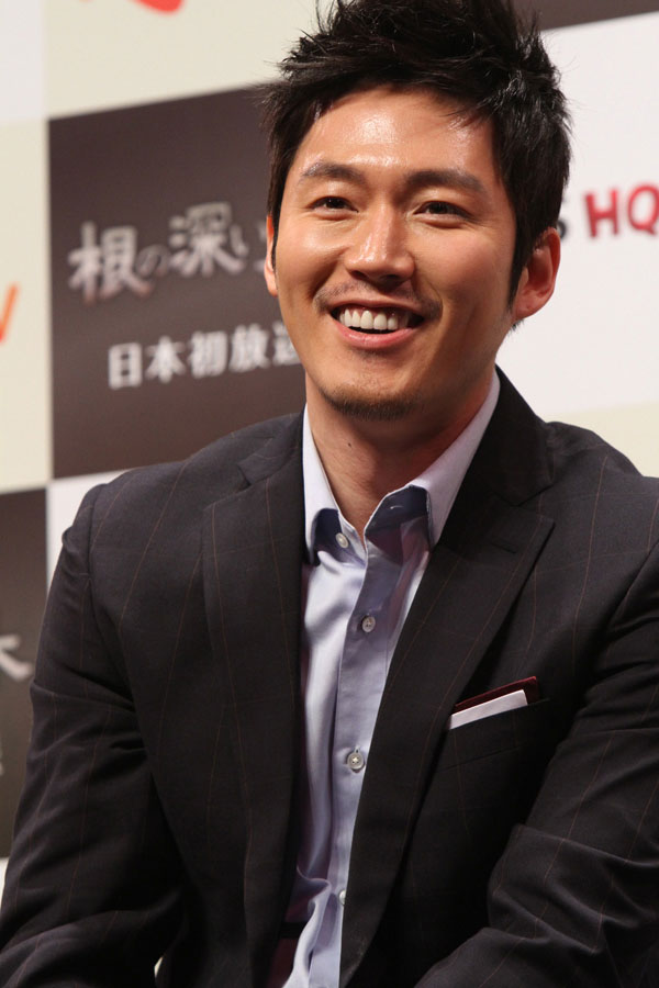 tree-jang-hyuk-japan7