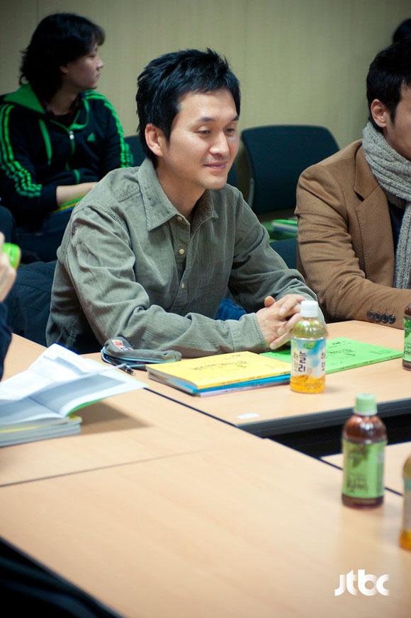 wife-script4-jang-hyun-sung