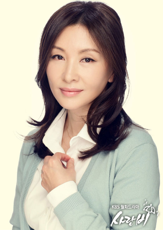 loverain-cast2012-lee-mi-sook-3
