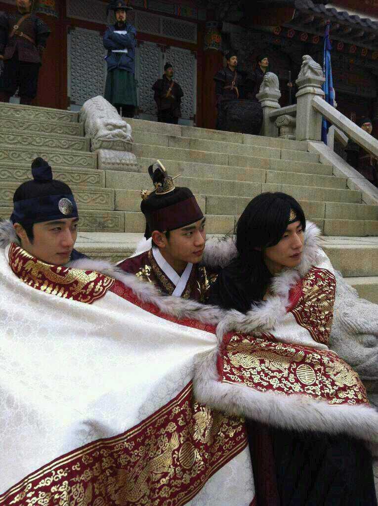 sunnmoon-gorgeous-blanket1