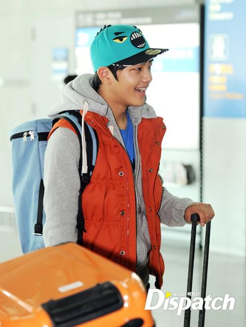 sunnmoon-yeo-jin-goo-airport2